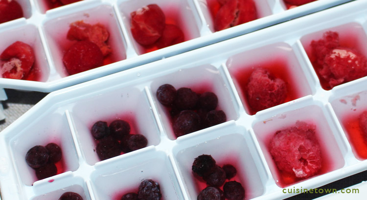 Mix berries and sour cherry